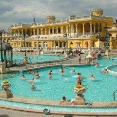 Отель Corvin Hotel Budapest - Sissi wing Венгрия, Будапешт - 2 отзыва об отеле, цены и фото номеров - забронировать отель Corvin Hotel Budapest - Sissi wing онлайн бассейн
