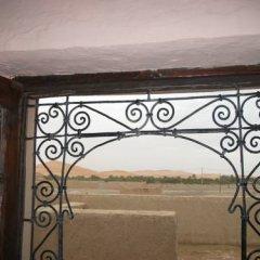 Отель Riad Les Flamants Roses Марокко, Мерзуга - отзывы, цены и фото номеров - забронировать отель Riad Les Flamants Roses онлайн балкон
