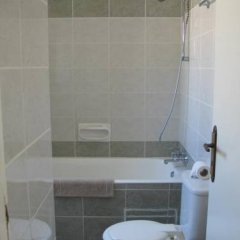 Апартаменты Pagona Holiday Apartments ванная