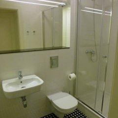 Отель Mono Apartamenty Польша, Познань - отзывы, цены и фото номеров - забронировать отель Mono Apartamenty онлайн ванная фото 2
