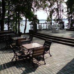 Отель Kempingas Slenyje Литва, Тракай - отзывы, цены и фото номеров - забронировать отель Kempingas Slenyje онлайн гостиничный бар