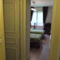 Отель Chambre d'hôtes - Garibaldi Франция, Лион - отзывы, цены и фото номеров - забронировать отель Chambre d'hôtes - Garibaldi онлайн комната для гостей фото 4