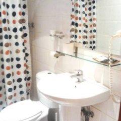 Arco Youth Hostel A&a Барселона ванная