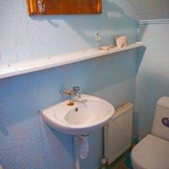 Гостиница Babushka Beach House Украина, Одесса - 7 отзывов об отеле, цены и фото номеров - забронировать гостиницу Babushka Beach House онлайн ванная