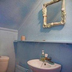 Гостиница Babushka Beach House Украина, Одесса - 7 отзывов об отеле, цены и фото номеров - забронировать гостиницу Babushka Beach House онлайн ванная фото 2
