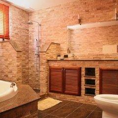 Отель Phoenix Lakeside Pool Villa ванная фото 2