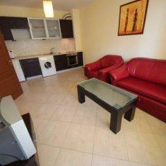 Апартаменты Menada Amadeus Apartment комната для гостей фото 3