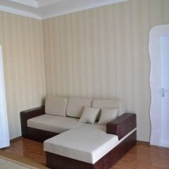Апартаменты Apartments Near Central Avenue Днепр комната для гостей фото 3