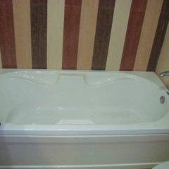 Отель Liv Inn - Naraina Индия, Нью-Дели - отзывы, цены и фото номеров - забронировать отель Liv Inn - Naraina онлайн ванная
