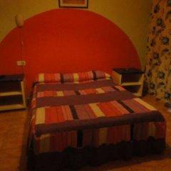 Отель Hostal Becerrea комната для гостей фото 5