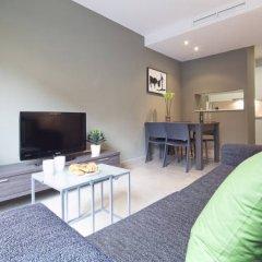 Апартаменты Bonavista Apartments - Virreina комната для гостей фото 4
