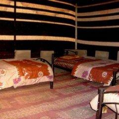 Отель Atallahs Camp комната для гостей