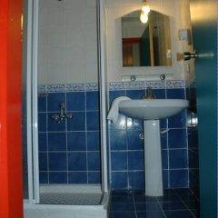 Basil's Apart Hotel ванная