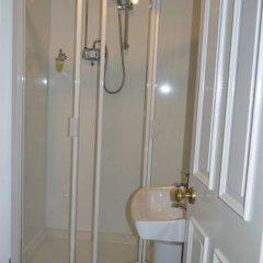 Отель The Bentley Guest House Великобритания, Йорк - отзывы, цены и фото номеров - забронировать отель The Bentley Guest House онлайн ванная фото 2