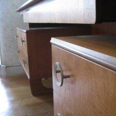Отель L'appart Anspach сейф в номере
