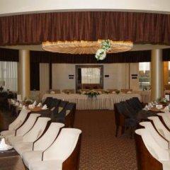 Гостиница Shakhtar Plaza Украина, Донецк - 4 отзыва об отеле, цены и фото номеров - забронировать гостиницу Shakhtar Plaza онлайн питание фото 3