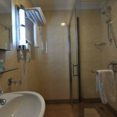 Гостиница Shakhtar Plaza ванная фото 2