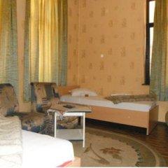 Отель Shans 3 Guest Rooms Болгария, София - отзывы, цены и фото номеров - забронировать отель Shans 3 Guest Rooms онлайн комната для гостей фото 2