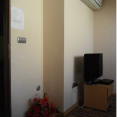 Отель Shans 3 Guest Rooms Болгария, София - отзывы, цены и фото номеров - забронировать отель Shans 3 Guest Rooms онлайн удобства в номере фото 2