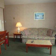 Отель Tropicana Suite Hotel Канада, Ванкувер - отзывы, цены и фото номеров - забронировать отель Tropicana Suite Hotel онлайн комната для гостей фото 3