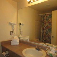 Отель Tropicana Suite Hotel Канада, Ванкувер - отзывы, цены и фото номеров - забронировать отель Tropicana Suite Hotel онлайн ванная фото 2