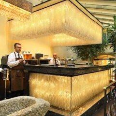Отель The Dominican Прага гостиничный бар