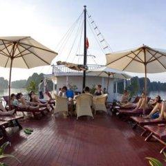 Отель Halong Aurora Cruises бассейн