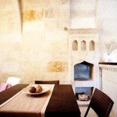Отель Evinn Cave House гостиничный бар
