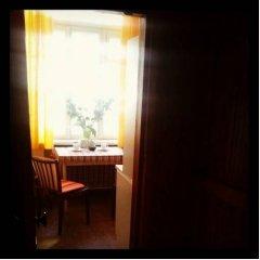Ester President Hostel удобства в номере фото 2