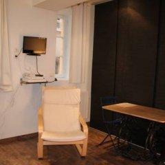 Отель Studio Saint Paul / Saint Vincent Франция, Лион - отзывы, цены и фото номеров - забронировать отель Studio Saint Paul / Saint Vincent онлайн удобства в номере фото 2