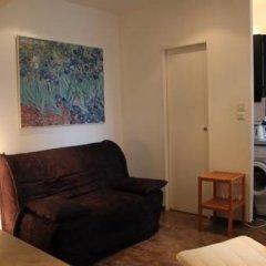 Отель Studio Saint Paul / Saint Vincent Франция, Лион - отзывы, цены и фото номеров - забронировать отель Studio Saint Paul / Saint Vincent онлайн комната для гостей фото 5
