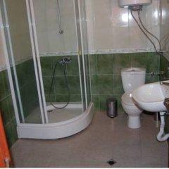 Отель Kedar Apartments Болгария, Свети Влас - отзывы, цены и фото номеров - забронировать отель Kedar Apartments онлайн ванная