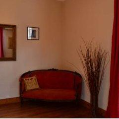 Отель El Capricho del Tigre Bed & Breakfast Тигре комната для гостей фото 4