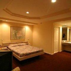 Отель Wilshire Crest Hotel США, Лос-Анджелес - отзывы, цены и фото номеров - забронировать отель Wilshire Crest Hotel онлайн сауна