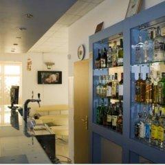 Отель Sunny House Apart Hotel Болгария, Солнечный берег - отзывы, цены и фото номеров - забронировать отель Sunny House Apart Hotel онлайн гостиничный бар