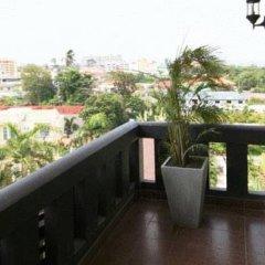 Отель Ploen Pattaya Residence балкон