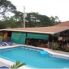 Отель Seastar Inn бассейн фото 3