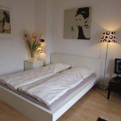 Апартаменты Apartments nahe Kurfürstendamm Берлин комната для гостей фото 3