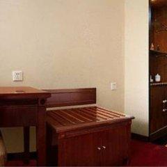 Orient Hotel Xian удобства в номере фото 2