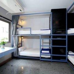 Отель Sino Backpacker Таиланд, Пхукет - отзывы, цены и фото номеров - забронировать отель Sino Backpacker онлайн ванная