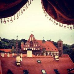 Отель Writers Apartment Литва, Вильнюс - 2 отзыва об отеле, цены и фото номеров - забронировать отель Writers Apartment онлайн фото 2