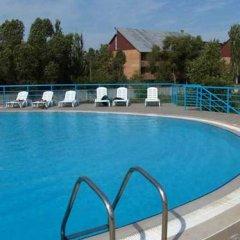 Гостиница Club-Hotel Neptun Украина, Седово - отзывы, цены и фото номеров - забронировать гостиницу Club-Hotel Neptun онлайн бассейн фото 2