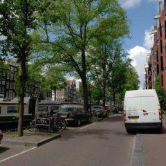 Апартаменты Amsterdam Center Romance Apartment парковка