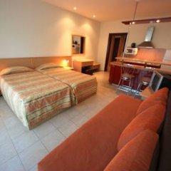 Апартаменты Menada Planeta Apartments Солнечный берег комната для гостей фото 3