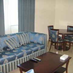 Отель Al Majarah Residence 1 Sharjah ОАЭ, Шарджа - отзывы, цены и фото номеров - забронировать отель Al Majarah Residence 1 Sharjah онлайн комната для гостей фото 2