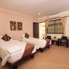 Отель Lucky Lek's Guesthouse комната для гостей фото 4