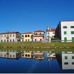 Отель Residenza Tiziano Италия, Мирано - отзывы, цены и фото номеров - забронировать отель Residenza Tiziano онлайн приотельная территория фото 2