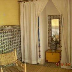 Отель Dar El Kharaz ванная
