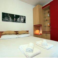 Апартаменты Slavija Square Apartments комната для гостей фото 4