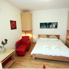 Апартаменты Slavija Square Apartments детские мероприятия